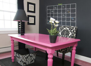 punch of pink home office