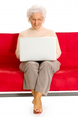 5 Benefits Telecommuting Offers Retirees