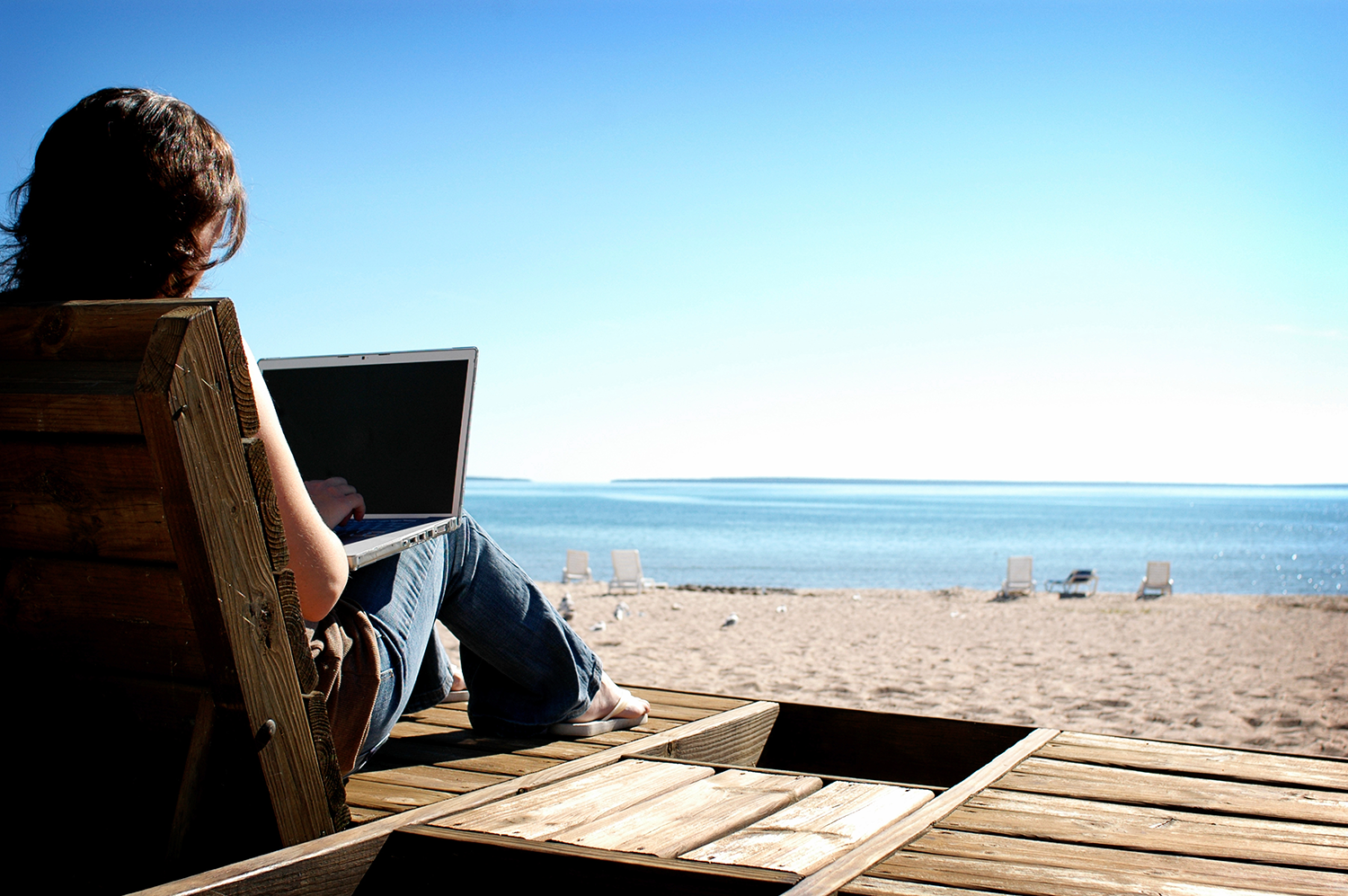 Realistic Tips for Working Outdoors During Summer