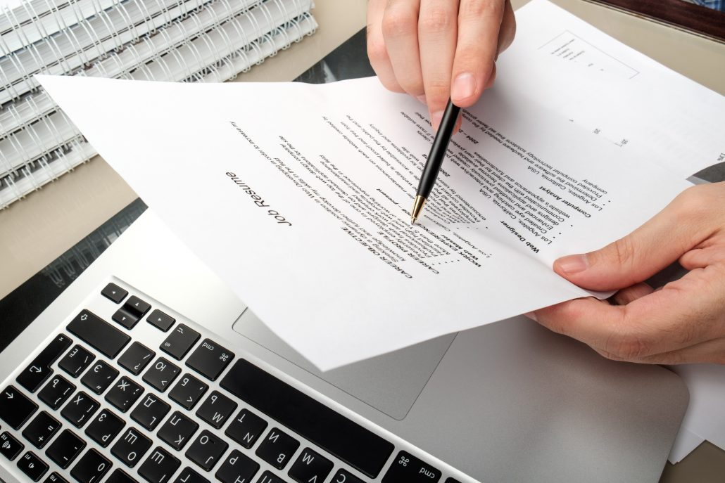 7 Tips for Writing a Memorable Telecommuting Resumé