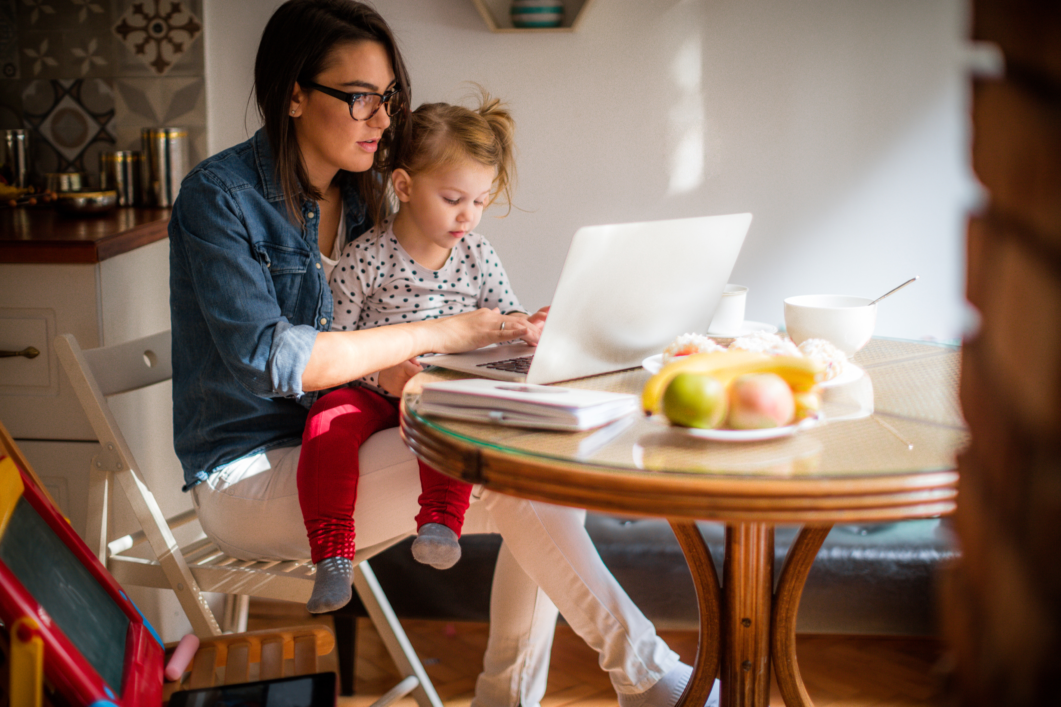 work from home mom - Owl Labs - Work from Home Week Report Overview - Virtual Vocations telecommute and remote jobs