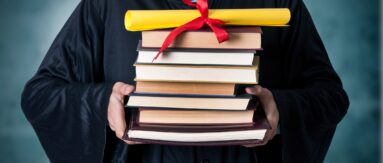 Resume tips for college graduates can help graduates land a great entry-level position.