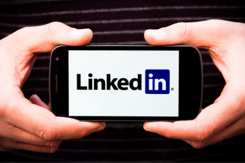 Leverage LinkedIn to maximize your LinkedIn job search.